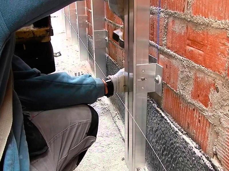 Монтаж подсистемы для вентилируемых фасадов